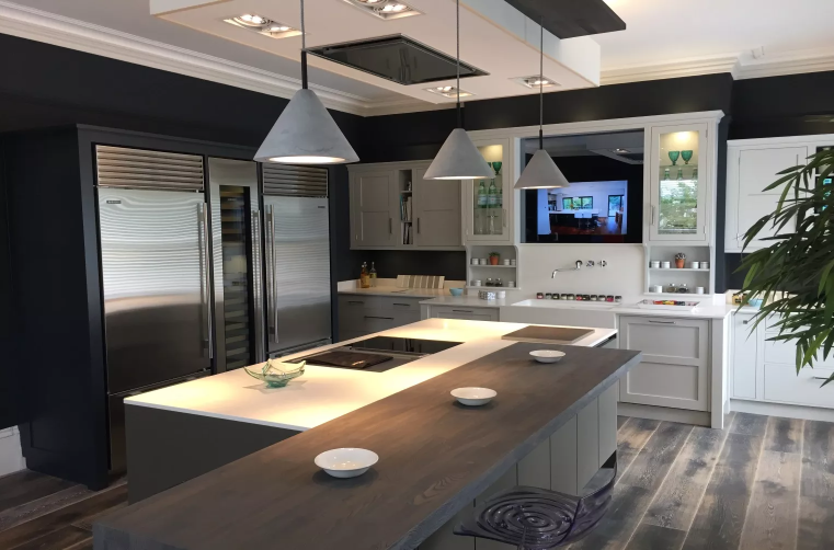Currently On Display In Our Tunbridge Wells Showroom U2013 This Beautiful  Kitchen Combines SieMatic Ingenuity With Rencraft Design.